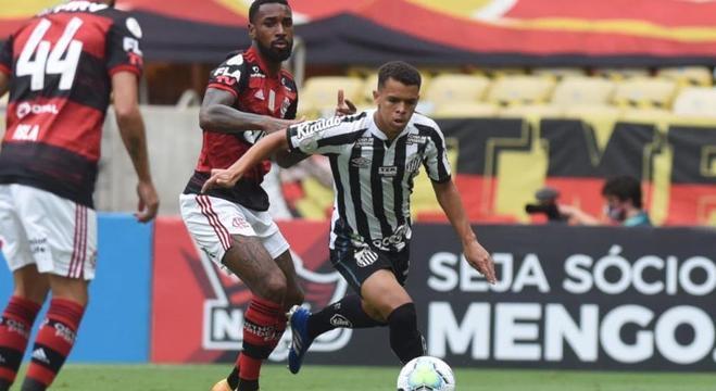 O Flamengo voltou a ter intensidade. O improvisado Santos foi mero sparring