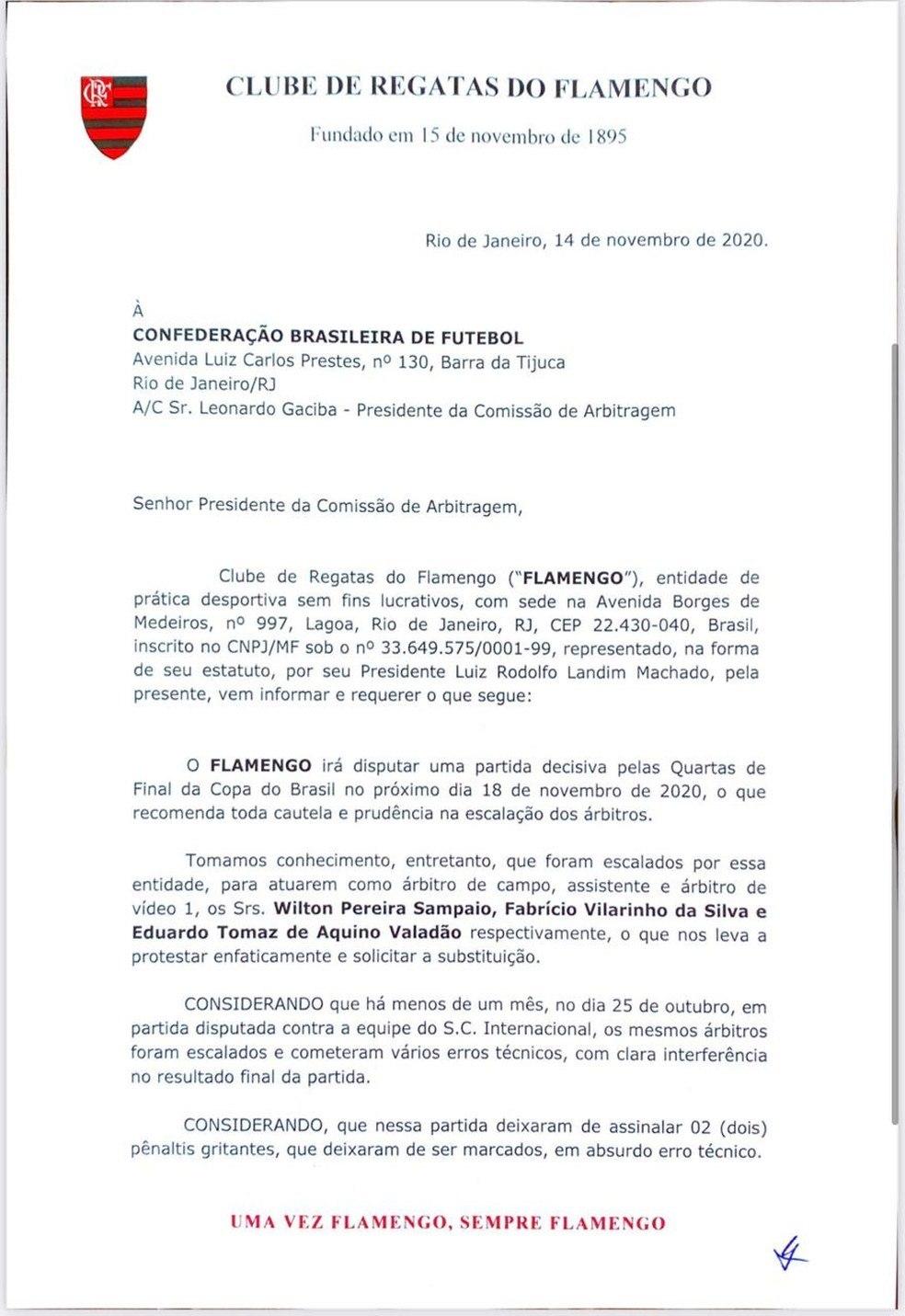 O ofício do Flamengo. Exigindo a troca do árbitro, assistente e juiz do VAR