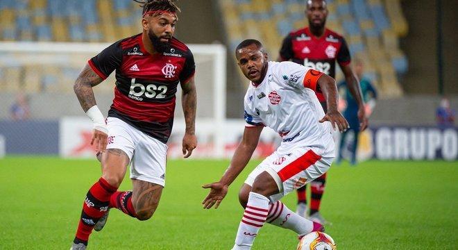 Gabigol não marcou. Mas foi  decisivo. Flamengo venceu fácil