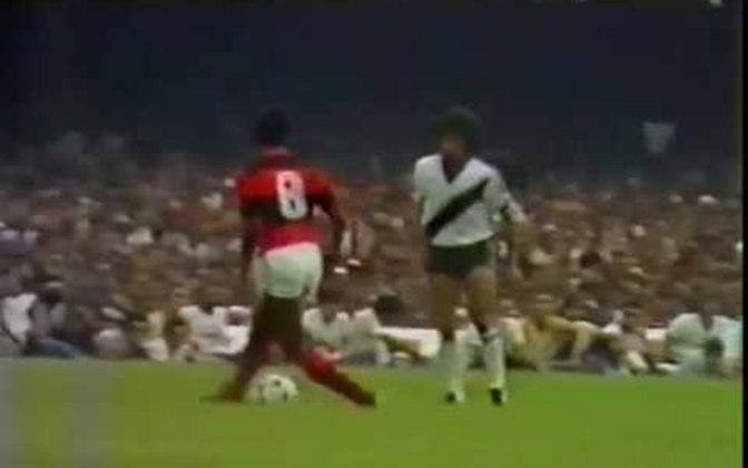 Flamengo 2 x 1 Vasco, em 6 de dezembro de 1981, pelo Campeonato Carioca - público de 161.989