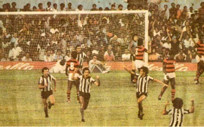 Flamengo 2 x 2 Botafogo, em 29 de abril de 1979, em jogo do Campeonato Carioca - público de 158.477