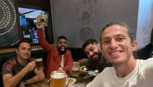 Virada espetacular contra o Vélez traz paz ao Flamengo