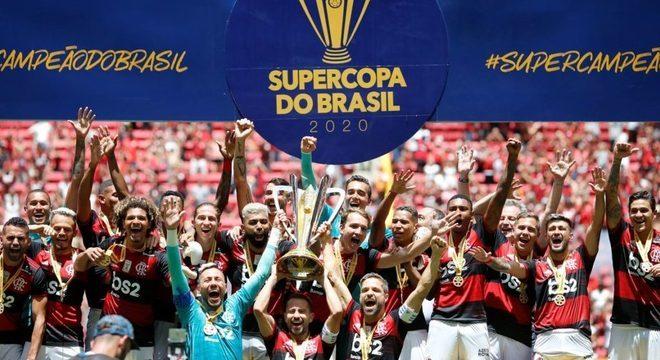 O Flamengo pode ganhar o terceiro título em dez dias. Jogo importantíssimo