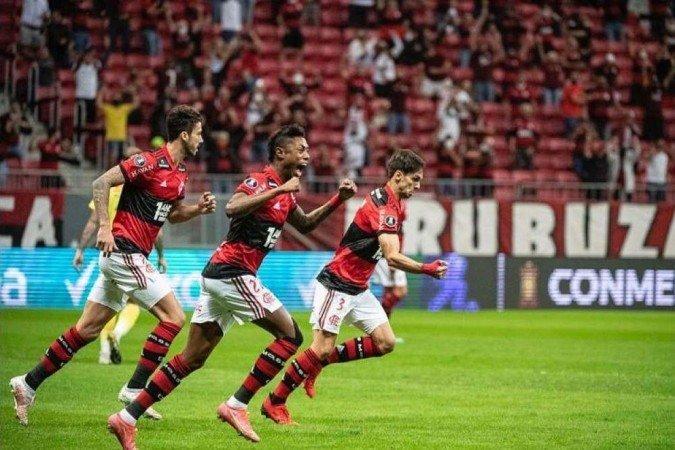 A direção do Flamengo ficou decepcionada com o público. Apenas 5.518 torcedores em Brasília