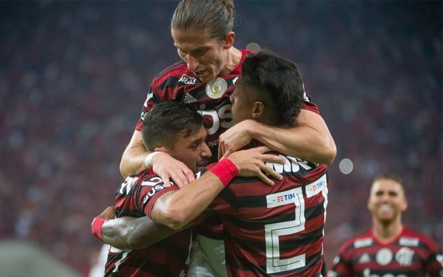 O Flamengo não esperava esta postura firme do Palmeiras. São 16 jogadores com covid