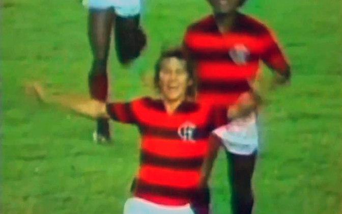 Flamengo 4x0 Fluminense - 5/11/1982 - Gols de Zico (2) e Cláudio Adão (2)