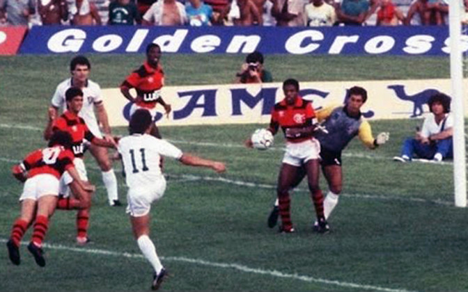 Flamengo 4x1 Fluminense - 16/2/1986 - Gols de Zico (3) e Bebeto