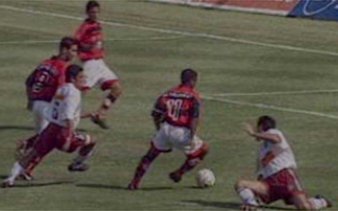 Flamengo 5x3 Fluminense - 20/1/1999 - Gols de Romário (2), Caio (2) e Marcelo Santos