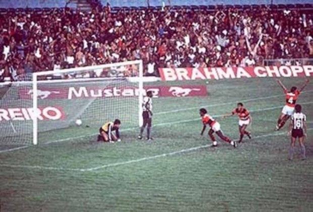 Flamengo 6x1 Botafogo - 24/3/1985 - Gols de Adalberto (2), Heyder, Adílio, Chiquinho e Gilmar Popoca