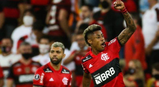 Bruno Henrique fez os dois gols do Flamengo