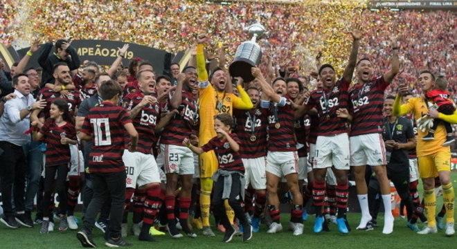 Jogadores do Flamengo comemoram título da Libertadores