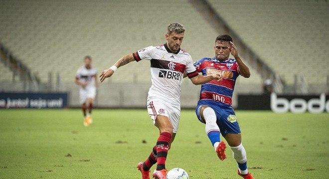 FLAMENGO - Goiás (fora - 18/01)/ Palmeiras (casa - 21/01)/ Athletico Paranaense (fora - 24/01)/ Grêmio (fora - 27/01)/ Sport (fora - 01/02)/ Vasco (casa - 07/02)/ RB Bragantino (fora - 13/02)/ Corinthians (casa - 17/02)/ Internacional (casa - 21/02)/ São Paulo(casa - 24/02).