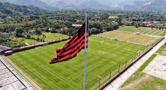 Jogador do Flamengo testou positivo para a covid-19