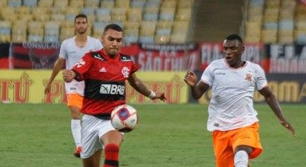 Flamengo jogou com muitos jovens