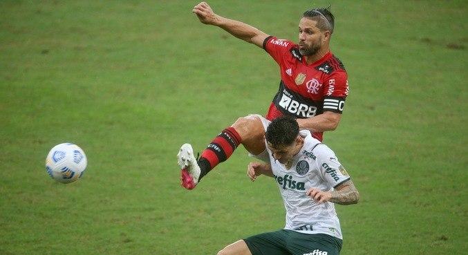 Jogo no Maracanã teve marcação muito forte dos dois lados