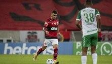 Flamengo busca virada contra a Chapecoense e volta a vencer