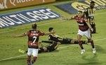 Os dois time se enfrentam no próximo sábado (8), no Maracanã, pela partida de volta das semifinais. Com o resultado de hoje, o Volta Redonda precisa vencer por até 4 gols de diferença para se garantir na final