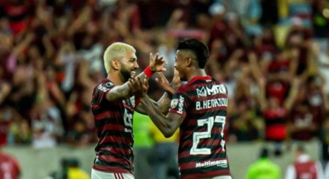 Gabigol e Bruno Henrique já fizeram 43 gols neste Brasileirão