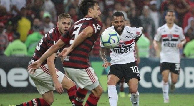 Rubro-negros e tricolores duelaram no Maracanã pela 22ª rodada do Nacional