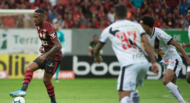 Flamengo e Vasco querem agilizar o retorno do futebol no Rio