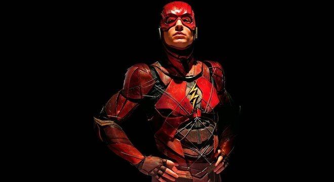 O ator Ezra Miller como Flash