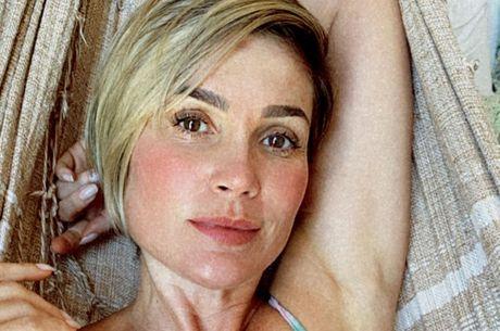 Flávia Alessandra contou que está sem sintomas