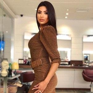 Flávia Noronha, apresentadora da Rede TV!