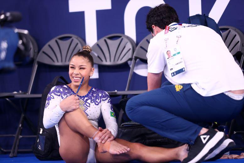 Flávia Saraiva machucou o tornozelo e passou os últimos dias em tratamento para disputar a final