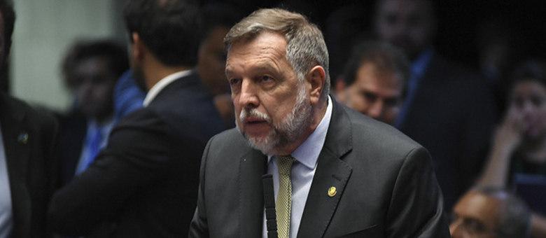 Senador Flávio Arns, relator da PEC da renovação do Fundeb