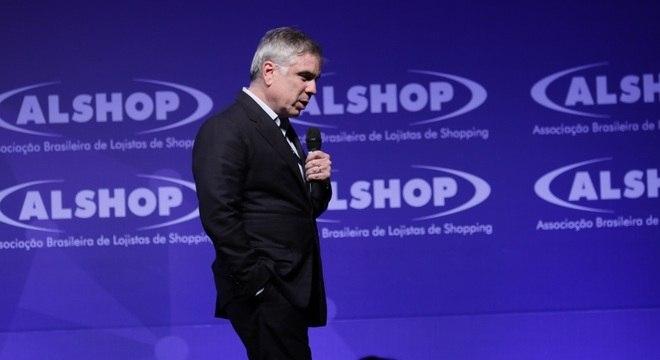 Se eleito, Flávio Rocha promete combater burocracia na máquina pública