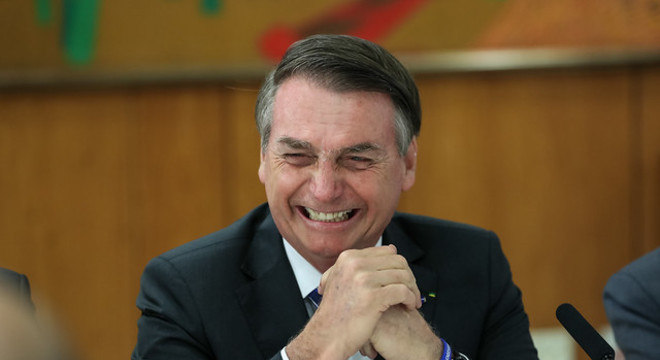 Bolsonaro saltou de 2,8 milhões para 5,6 milhões de seguidores no Twitter