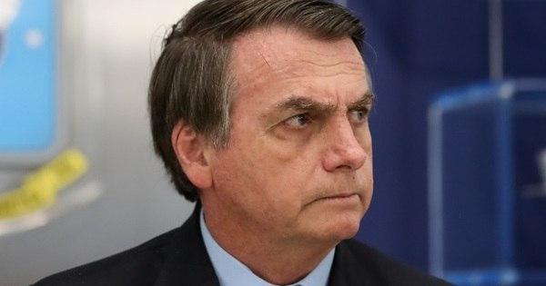 No Twitter, Bolsonaro comemora queda no risco país