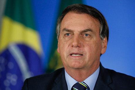 Bolsonaro afirma que idosos devem ser protegidos
