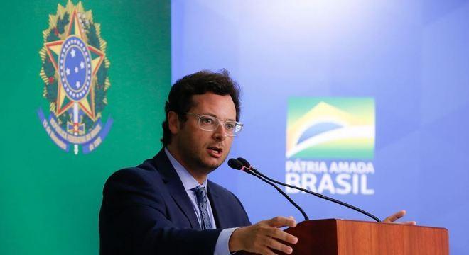 Ministro da Secretaria de Comunicação será alvo de investigação