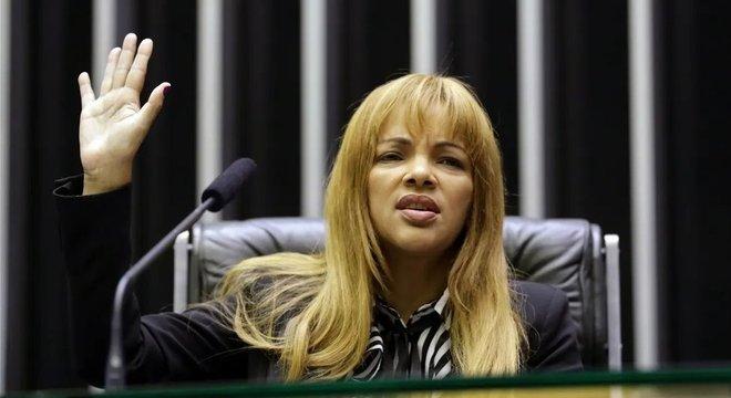 Deputada não pode ser presa a não ser em flagrante de crime inafiançável