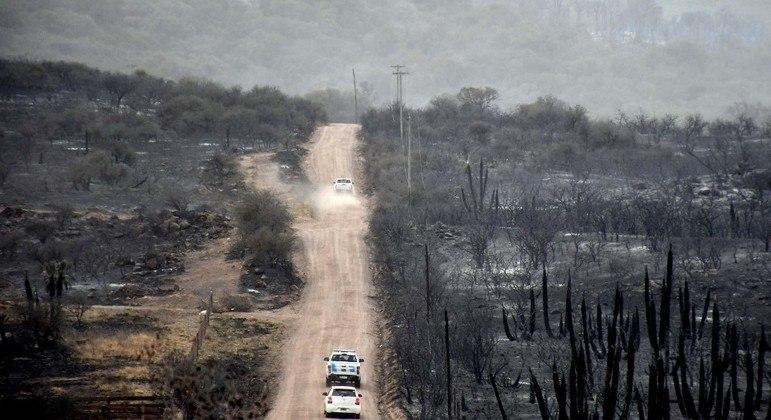 Autoridades argentinas têm dificuldade para conter incêndios na região de Córdoba