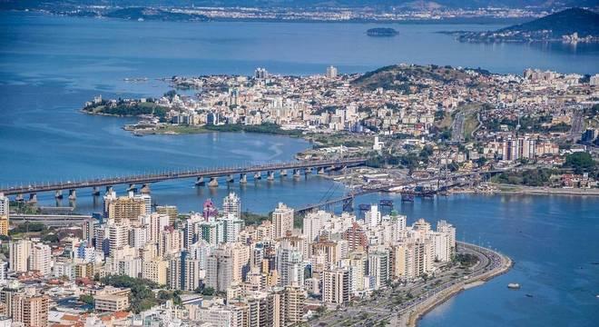 Casos aconteceram na cidade de Florianópolis