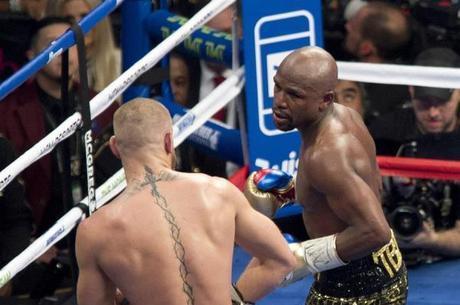 Última luta de Mayweather foi contra McGregor