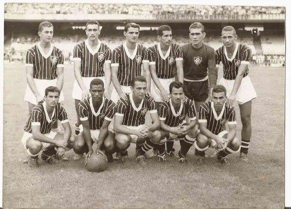 Fluminense 1 x 0 Flamengo - 14 de outubro de 1951: Foi o primeiro Fla-Flu da história do Maracanã e registrou um público de 109.212 torcedores, além das inúmeras pessoas que entraram com ingressos falsos. Orlando de Pingo de Ouro marcou o gol do jogo pela fase única daquele Campeonato carioca.