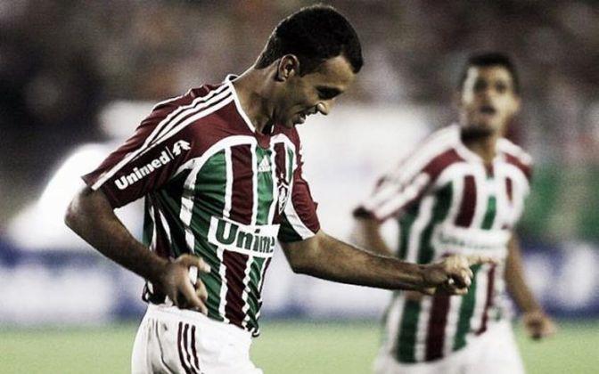 Fluminense 1 x 1 Figueirense - 30 de maio de 2007 - Este foi o jogo de ida do que seria a primeira conquista do Fluminense da Copa do Brasil. Adriano Magrão marcou para o Tricolor e Henrique descontou. Na volta, o Flu venceu por 1 a 0 fora de casa.