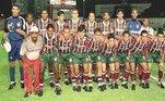Fluminense – Devendo Série BO Tricolor é alvo de piadas e raiva de rivais do Rio de Janeiro e do restante do país por ter uma dívida histórica de disputar a Série B. Há quem diga, inclusive, que oFluestá devendo duas vezes. Isso porque, no primeiro caso, em 1998 o time foi rebaixado da segunda para a terceira divisão do Campeonato Brasileiro. Em 1999, o clube disputou a Série C e conquistou o acesso para disputar, no ano seguinte, direto a Série A, sem jogar a B, graças às mudanças no regulamento. E o outro, em 2013, quando oFluteria caído novamente, mas a Justiça Desportiva tirou pontos da Portuguesa e do Flamengo, livrando os cariocas da Série B e rebaixando o time paulista