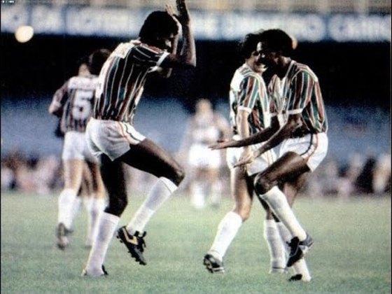 Fluminense 5 x 0 Coritiba - 6 de maio de 1984: É considerada uma das maiores exibições do Fluminense na história do Campeonato Brasileiro. A partida era válida pelas quartas de final da competição em 1984.