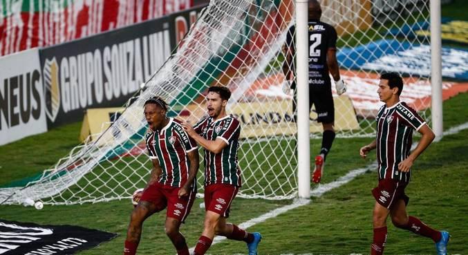 Fluminense reage e busca empate contra a Portuguesa-RJ nas semis do Carioca