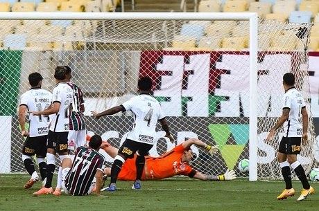 Nenê marcou para o Fluminense