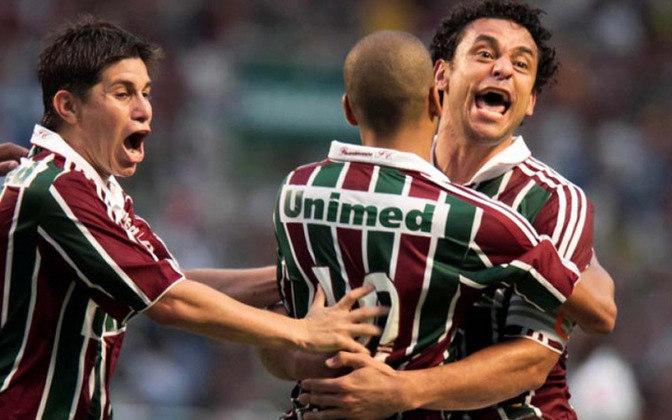 Fluminense: Diego Cavalieri; Mariano, Gum, Digão e Carlinhos; Marquinho, Lanzini e Fernando Bob; Rafael Moura, Rafael Sóbis e Fred.