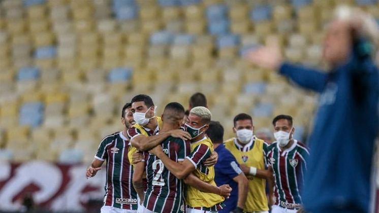 O Fluminense saiu atrás na decisão do Campeonato Carioca ao perder para o Flamengo por 2 a 1 no Maracanã. Na próxima quarta-feira (15), o Tricolor buscará uma vitória por dois gols de diferença para levantar o título. Se a vantagem for de apenas um, o confronto vai para os pênaltis. Com isso, relembre viradas recentes do Fluminense em partidas que saiu perdendo