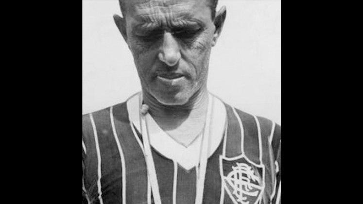 Fluminense: Zezé Moreira – Ele comandou o tricolor das Laranjeiras de 1951 a 1954, 1958 a 1962 e também em 1973. Encerrou a passagem pelo Fluminense com 474 jogos.