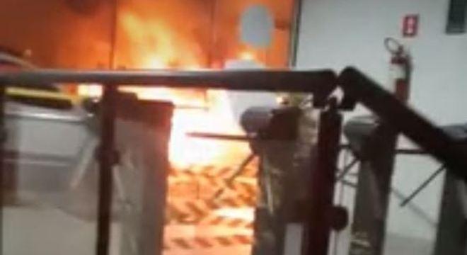Grupo armado ataca agências bancárias em Botucatu (SP)