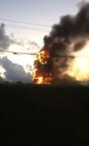 Fogo em estátua da Havan