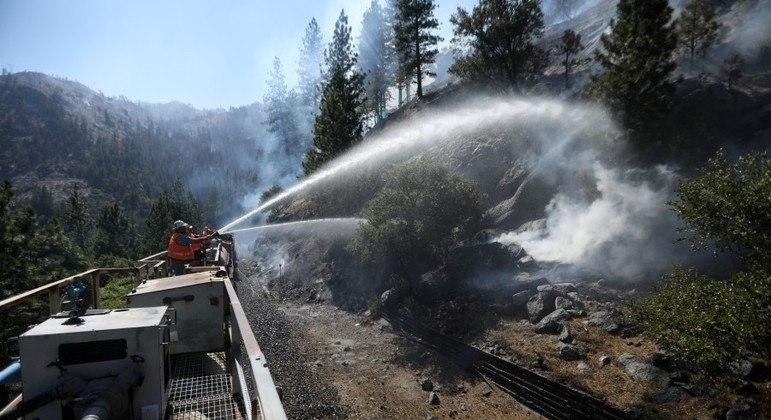 Altas temperaturas e seca aumenta gravidade dos incêndios no oeste dos EUA